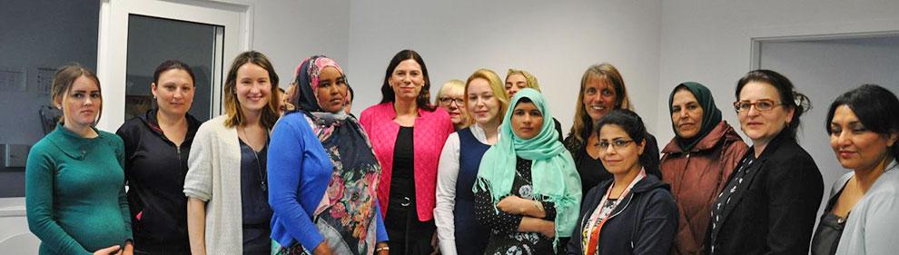 Am 27. April 2016 war die Senatorin Sandra Scheeres zu Gast bei einem Gesprächskreis für geflüchtete Frauen