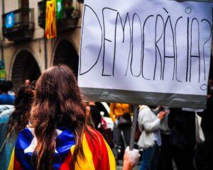 Frauenrechte gegen Rechtsextreme